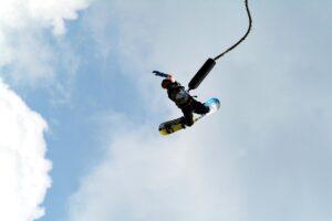 addio al celibato-bungee jumping